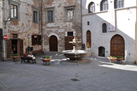 fontana e palazzo del bargello